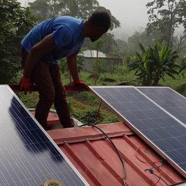 Montaje de los paneles solares